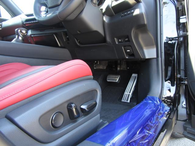 UX250hFスポ4WD 1オナ赤革 パノラV カラーHUD 4WD 1オナ赤革 ベンチ&ヒータS 純ナビ地デジ LSS+ パノラミックV BSM PKSB カラーHUD 禁煙車 Dレコーダ AHS AC1500W ルーフR PBドア 3眼LED 18AW(59枚目)