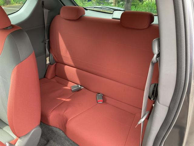 R キーレス CDオーディオ キセノンライト フォグランプ ドアバイザー リアワイパー ABS ダブルエアバッグ エアコン パワーステアリング パワーウインドウ 純正15インチアルミ CVTオートマ車(60枚目)