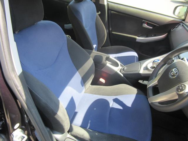 運転席 シートもきれい! 臭いありません。安心してください。 クリーニング済