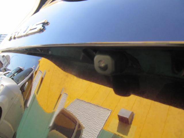 バックカメラがついているのでバックでの駐車も安心
