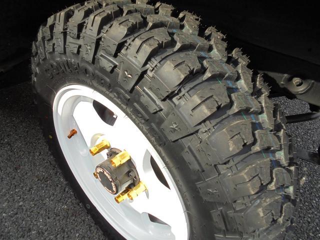 サマーウインド リミテッド 4WD5速マニアル オートフリーホイールハブ エアコンパワステ タイミングベルトW/P交換済 タンクガード 社外マフラー マッドタイヤ新品(24枚目)
