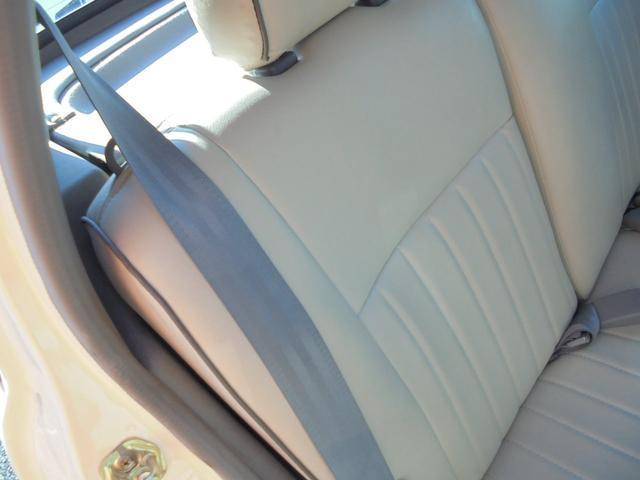 1.3デラックス 革シート 木目調パネル 運転席助手席エアーバック 電格ミラー(52枚目)