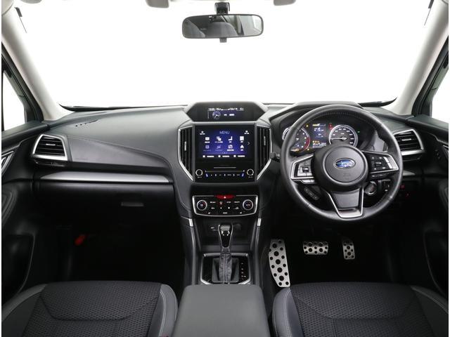 大画面ナビや本格SUV機能などをはじめ高い安全性能を発揮するフォレスターです!!