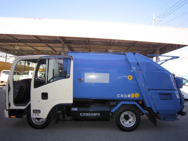 CNG・2トンプレスパッカー4.1立米(5枚目)