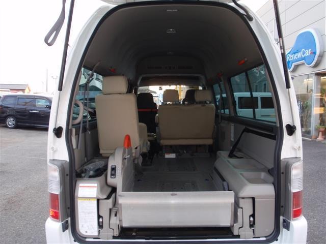福祉車輌10人乗り 内車椅子2台(18枚目)