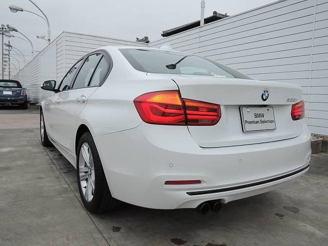 BMW BMW 320i スポーツ 後期モデル LEDヘッドライト ACC