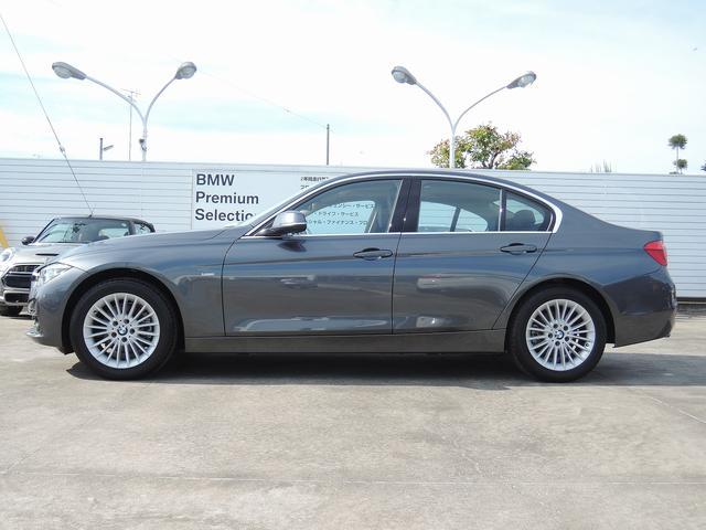 BMW BMW 318i ラグジュアリー ブラックレザー ウッド LED