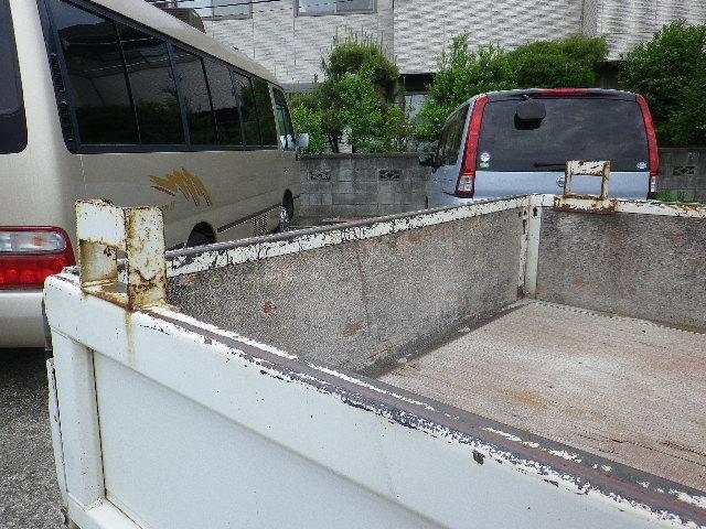 三菱ふそう キャンターガッツ ロング全低床DXディーゼル5速木製ボディWタイヤ