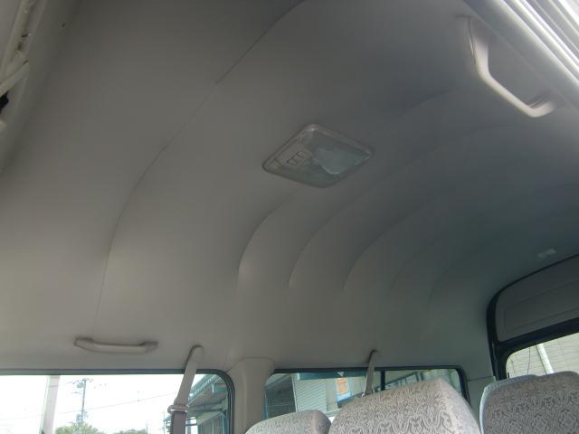 日産 キャラバン ステーションワゴン 10人乗り ガゾリン車