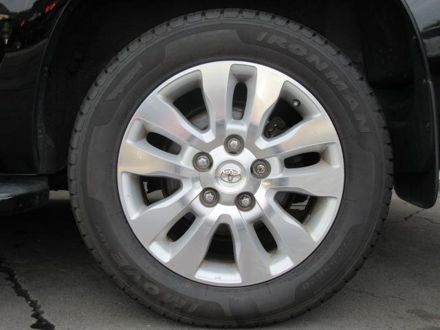 米国トヨタ セコイア プラチナム 4WD レッドロック サンルーフ 136