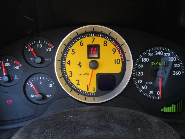 計器類も安定していてすぐにでもドライブできます。格安にてご提供いたしますのでお早めにご検討下さいませ。