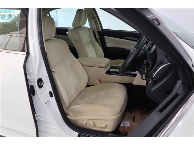 ■疲れにくいシート■低めに設定してある座席や、微調整が可能なハンドル・シートにより、ドライバーの体格にあった運転しやすいポジションに変更することがなので疲れにくくなっています!