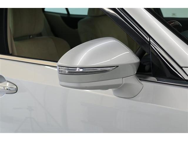 ベースグレード スマートキー パワーシート 盗難防止システム ETC バックカメラ 横滑り防止装置 アルミホイール フルセグ ミュージックプレイヤー接続可 LEDヘッドランプ メモリーナビ オートクルーズコントロール(16枚目)