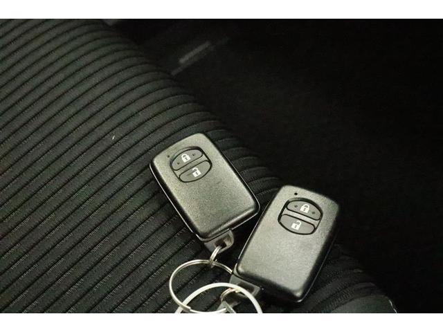 S スマートキー 盗難防止システム HDDナビ ETC バックカメラ 横滑り防止装置 アルミホイール フルセグ ミュージックプレイヤー接続可 LEDヘッドランプ DVD再生 CD ABS エアバッグ(12枚目)