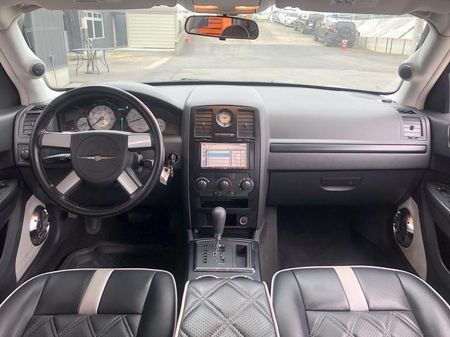 「クライスラー」「クライスラー300」「セダン」「茨城県」の中古車9