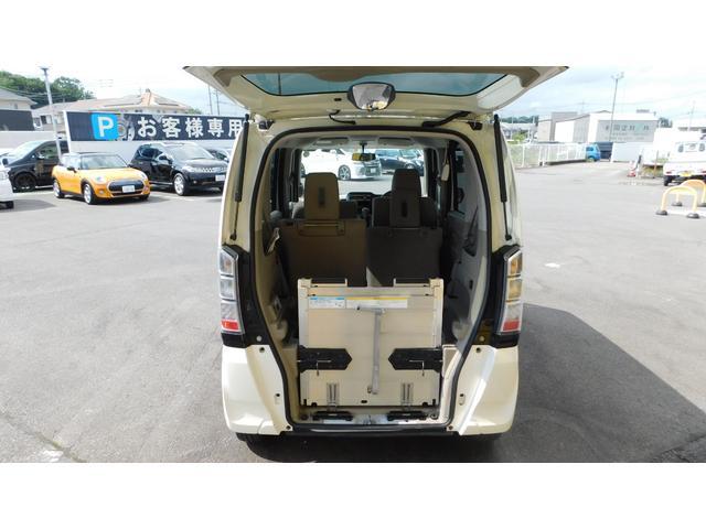 G 車いすスロープ 車椅子電動固定式 4人乗り 車いす1台 ギャザスオーデイォ アイドリングストップ 横滑り防止 Wエアバック 電動格納ミラー 禁煙車 ワンオーナー 両側スライドドア(8枚目)