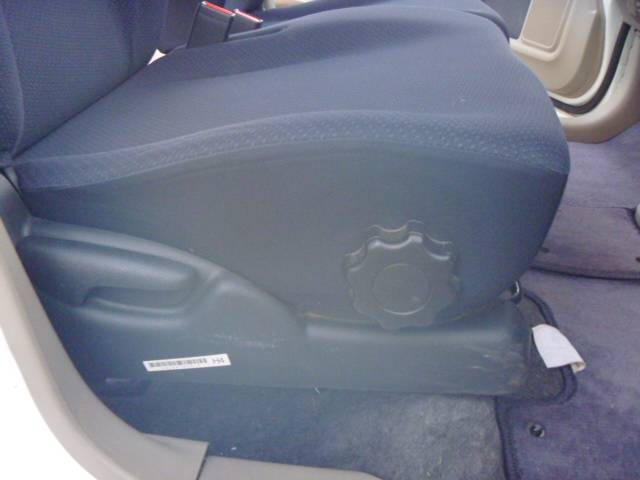 G キーレス バックカメラ ETC チルトハンドル キーレス付き PW PS Bカメ Wエアバッグ オートエアコン ベンチシート ABS エアバック 衝突安全ボディ(21枚目)