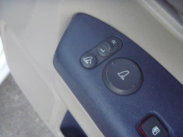 G キーレス バックカメラ ETC チルトハンドル キーレス付き PW PS Bカメ Wエアバッグ オートエアコン ベンチシート ABS エアバック 衝突安全ボディ(23枚目)