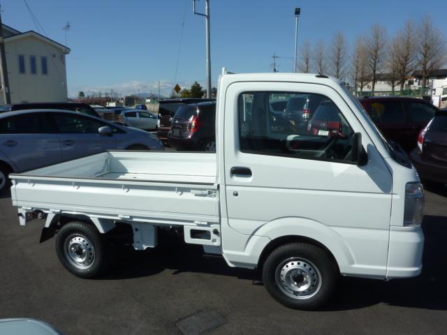 KCエアコン・パワステ 4WD 5F フロア&荷台マット(4枚目)