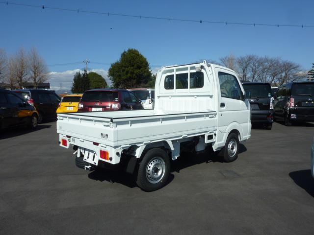 KCエアコン・パワステ 4WD 5F フロア&荷台マット(8枚目)