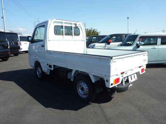KCエアコン・パワステ 4WD 5F フロア&荷台マット(9枚目)