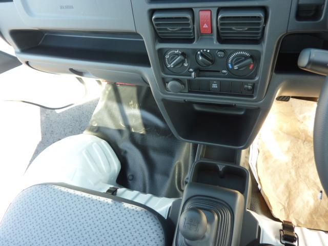 KCエアコン・パワステ 4WD 5F フロア&荷台マット(16枚目)