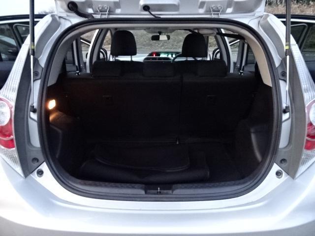 S 純正SDナビ地デジBluetooth キーレス付 パワーウインドウ 電格ミラー オートエアコン 衝突安全ボディ ABS Wエアバック(18枚目)