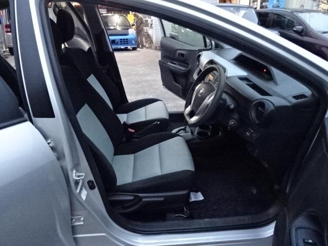 S 純正SDナビ地デジBluetooth キーレス付 パワーウインドウ 電格ミラー オートエアコン 衝突安全ボディ ABS Wエアバック(20枚目)