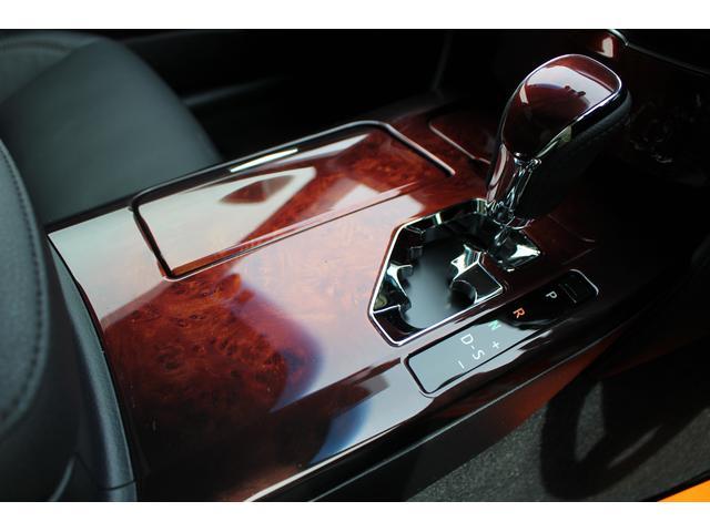 トヨタ クラウンマジェスタ Fバージョン アドバンスドPKG パノラミックビュー 黒革