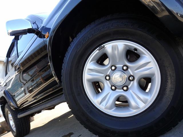 トヨタ ハイラックスサーフ 2.7SSR-V ブラックナビゲーター 4WD 背面Tレス