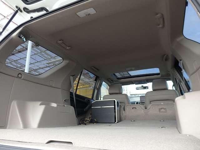 トヨタ ハイラックスサーフ SSR-G サンルーフ レザーシート HDDナビ