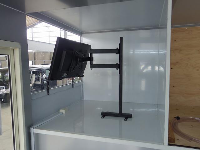 非常に目を引く装備なので集客に繋がる装備になります!!