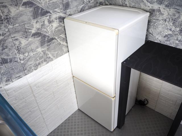 家庭用冷凍冷蔵庫装備♪冷蔵70L、冷凍40L♪