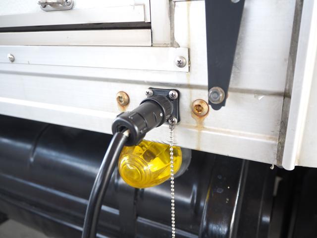 外部電源装備で室内のAC電源が使用可能になります!