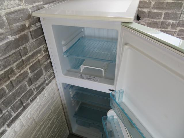 138L冷凍冷蔵庫!容量は冷蔵91L、冷凍47Lになります。