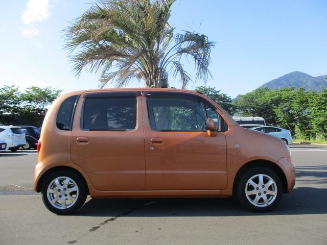当店に在庫として無いお車は当社HPのhttp//www.youngguns.jpにアクセスください!お客様のお探しのお車があるかもしれません!また全国のTAXグループからお取り寄せすることも可能です!