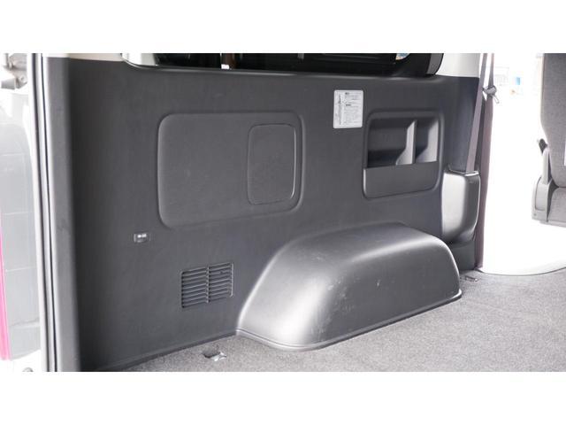ロングスーパーGL 3.0ディーゼルターボ 5ドア 4型パール ナビ プッシュスタート スマートキー AC100V ETC2.0 5ドア 5人乗車定員 令和2年12月8日車検(40枚目)