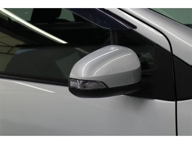 S スマートキー 盗難防止システム ETC バックカメラ 横滑り防止装置 ワンセグ ミュージックプレイヤー接続可 メモリーナビ DVD再生 CD ABS エアバッグ エアコン パワーステアリング(16枚目)