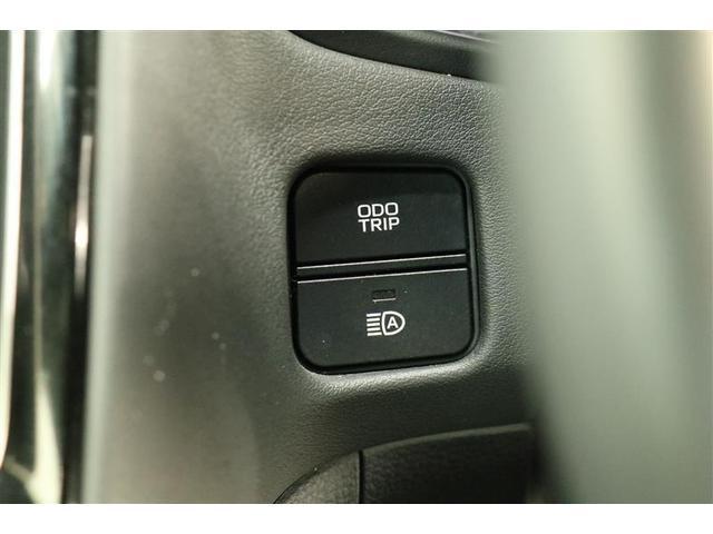 S Cパッケージ スマートキー パワーシート 盗難防止システム ETC バックカメラ 横滑り防止装置 アルミホイール フルセグ ミュージックプレイヤー接続可 衝突防止システム LEDヘッドランプ メモリーナビ(12枚目)