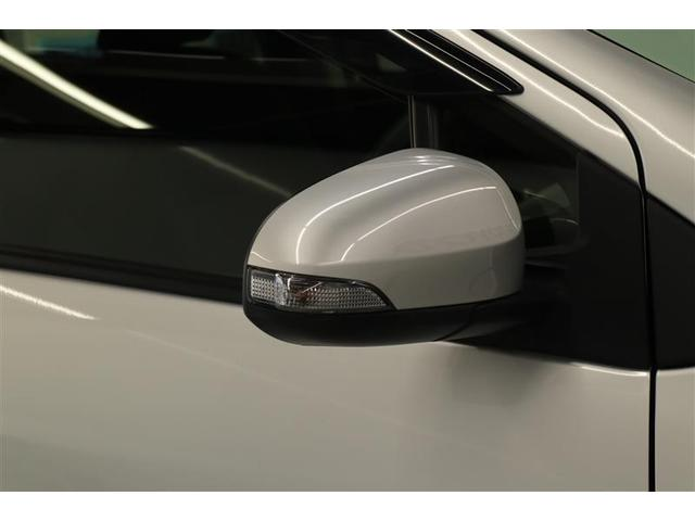 S スマートキー 盗難防止システム バックカメラ 横滑り防止装置 ワンセグ ミュージックプレイヤー接続可 衝突防止システム メモリーナビ CD ABS エアバッグ エアコン パワーステアリング(16枚目)