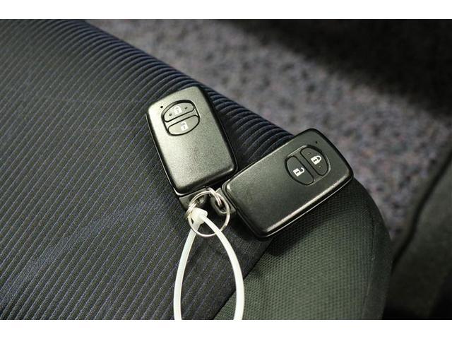 S スマートキー 盗難防止システム バックカメラ 横滑り防止装置 ワンセグ ミュージックプレイヤー接続可 衝突防止システム メモリーナビ CD ABS エアバッグ エアコン パワーステアリング(24枚目)