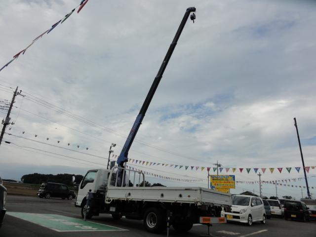 いすゞ エルフトラック クレーン4段ラジコン