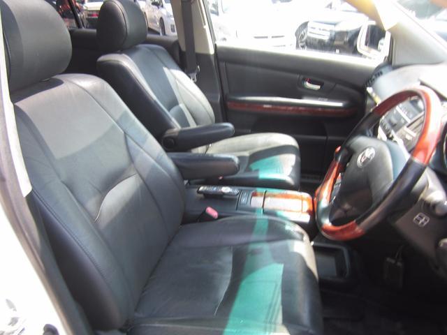 トヨタ ハリアー 240G Lパッケージ 22インチAW サンルーフ ワンオナ