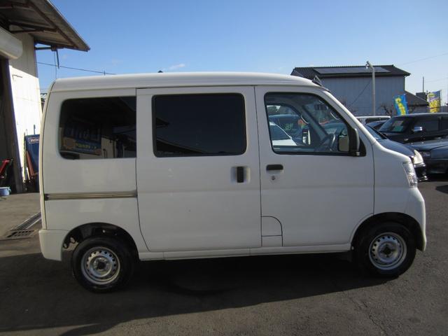 4WDオートマ車 ポータブルナビ付(5枚目)
