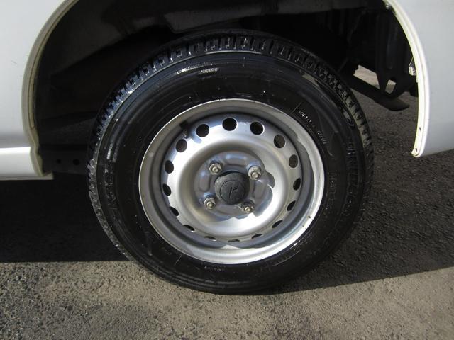 4WDオートマ車 ポータブルナビ付(9枚目)