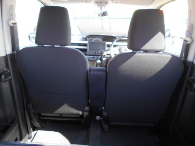 フロントシート背面