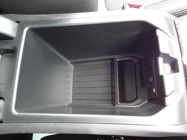 xDrive 20d Mスポーツ 2Lディーゼルターボ xDrive(4WD)純正オプション20インチアルミホイール パドルシフト ハイラインパッケージ レザーシート シートヒーター 電動シート ACC 電動テールゲート(49枚目)