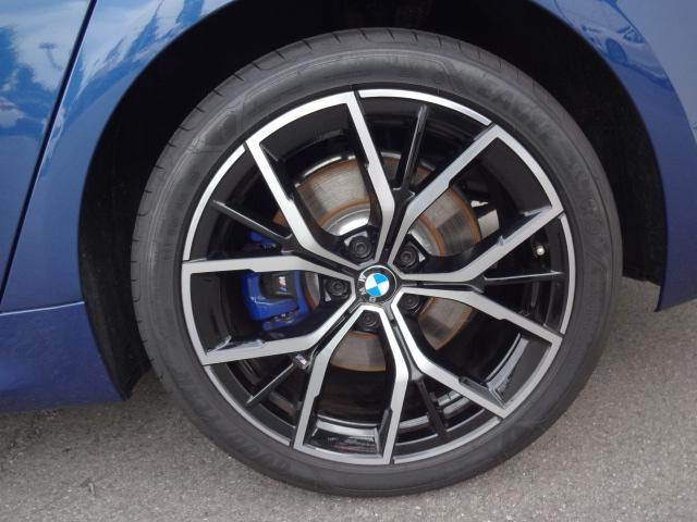 530e Mスポーツ エディションジョイ+ HDDナビ ACC エクスクルージブナッパレザーパッケージ ベンチレーションシート ステアリングアシスト  ヘッドアップディスプレイ パーキングアシスト Mスポーツブレーキ 19インチAW(30枚目)
