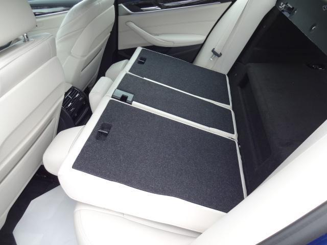 530e Mスポーツ エディションジョイ+ HDDナビ ACC エクスクルージブナッパレザーパッケージ ベンチレーションシート ステアリングアシスト  ヘッドアップディスプレイ パーキングアシスト Mスポーツブレーキ 19インチAW(60枚目)