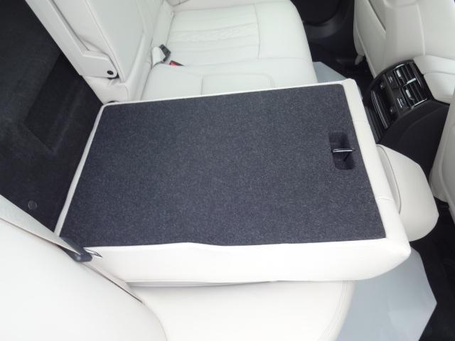 530e Mスポーツ エディションジョイ+ HDDナビ ACC エクスクルージブナッパレザーパッケージ ベンチレーションシート ステアリングアシスト  ヘッドアップディスプレイ パーキングアシスト Mスポーツブレーキ 19インチAW(61枚目)
